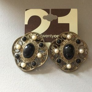 Unique black and pearl post earrings